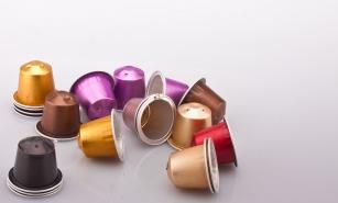 Paarse zakken nespresso voor recycling cups via huisvuil for Kartonnen koffiebekers hema